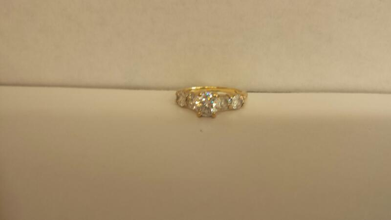 Synthetic Cubic Zirconia Lady's Stone Ring 10K Yellow Gold 2dwt Size:5.5