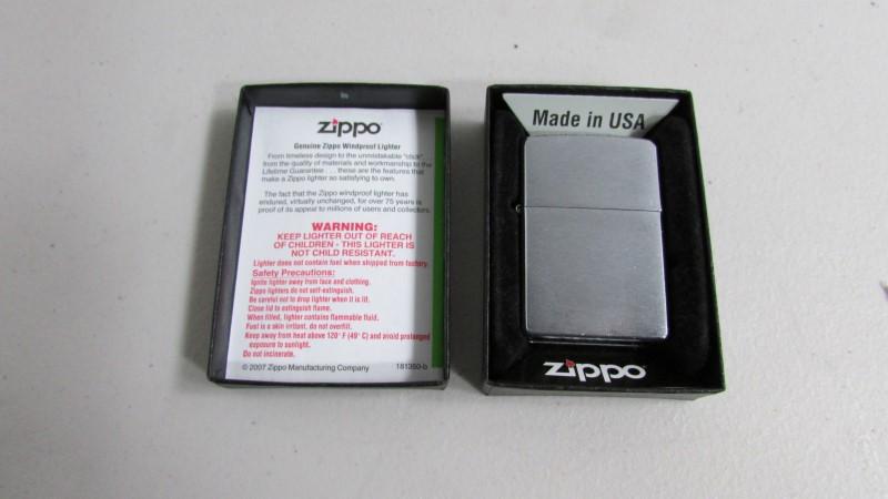 ZIPPO Men's Accessory LIGHTER