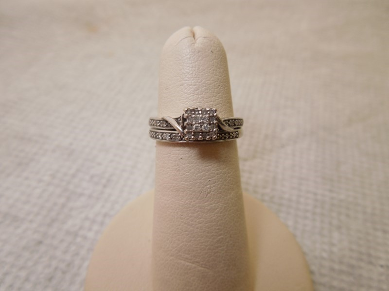 Lady's Diamond Engagement Ring 4 Diamonds .08 Carat T.W. 10K White Gold 3.3g