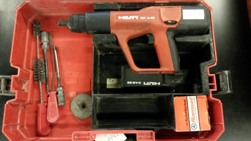 HILTI Nailer/Stapler DXA40