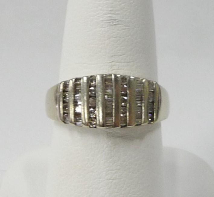 Lady's Diamond Fashion Ring 40 Diamonds .58 Carat T.W. 10K White Gold 2.1dwt