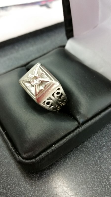 Gent's Diamond Fashion Ring .15 CT. 14K White Gold 7.8g Size:8