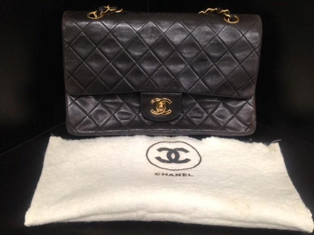 CHANEL Handbag MEDUIUM CLASSIC FLAP 26