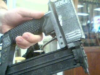 SENCO Nailer/Stapler SLP20XP