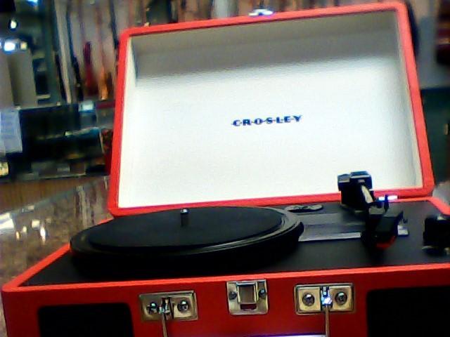 CROSLEY Radio CR8005A-SR