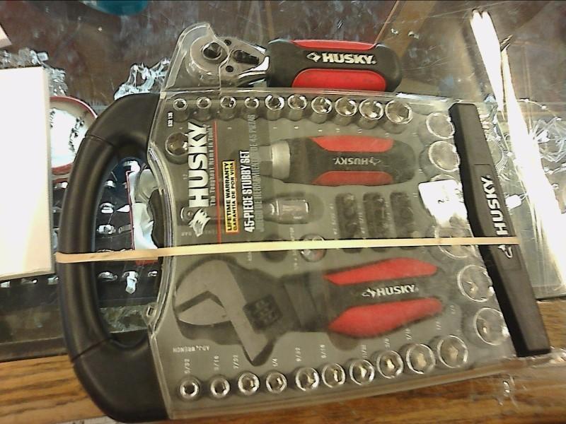 HUSKY Sockets/Ratchet 45 PIECE STUBBY SET