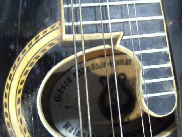 GIBSON Mandolin THE GIBSON