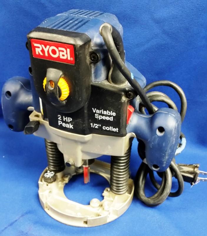 RYOBI ROUTER RE180PL1