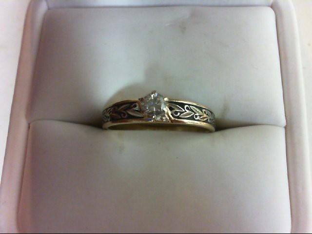 Lady's Diamond Engagement Ring .17 CT. 10K Yellow Gold 2.6g