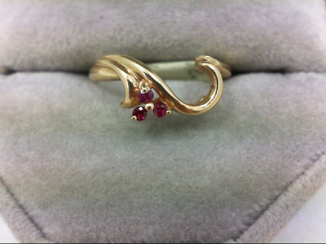 Ruby Lady's Stone Ring 14K Yellow Gold 2.9g