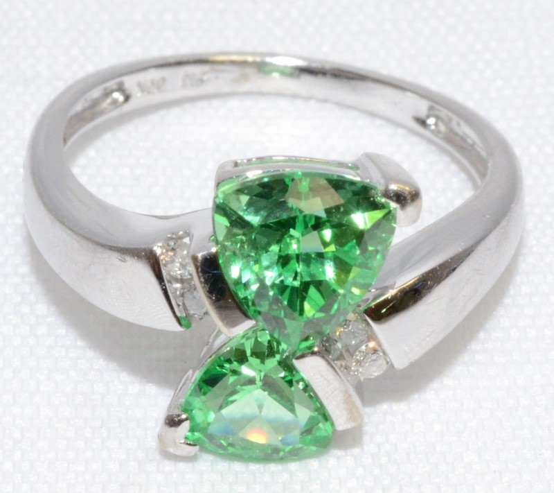 10K White Gold Trillion Cut Green Sapphire & Diamond Bypass Ring sz 7