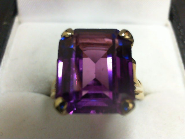 Purple Sapphire Lady's Stone Ring 14K Yellow Gold 4.5g