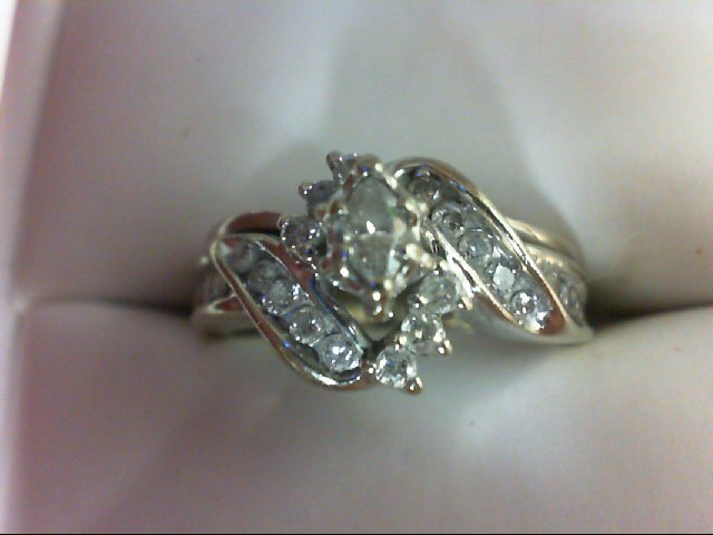 Lady's Diamond Wedding Set 23 Diamonds 0.62 Carat T.W. 14K White Gold 5.4g Size: