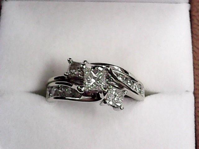 Lady's Diamond Wedding Set 13 Diamonds .95 Carat T.W. 14K White Gold 3.9dwt