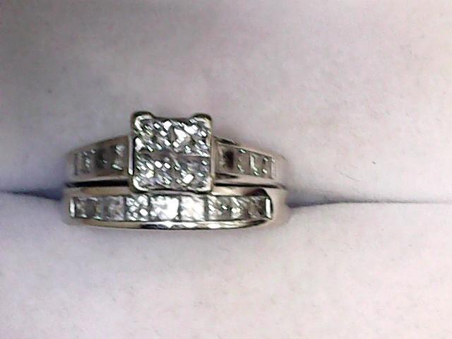 Lady's Diamond Wedding Set 21 Diamonds 1.24 Carat T.W. 14K White Gold 5.5dwt