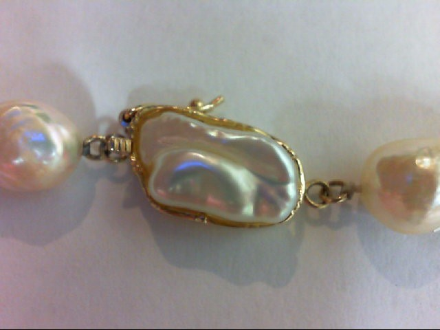 """24"""" Synthetic Pearl Strand Stone Necklace 14K Yellow Gold 75.2g"""