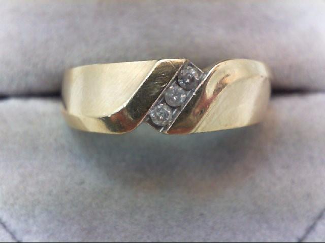 Gent's Gold-Diamond Wedding Band 3 Diamonds .09 Carat T.W. 10K Yellow Gold 5.1g