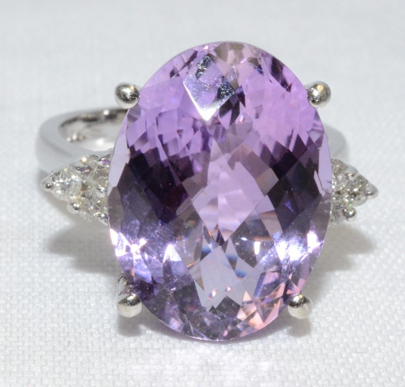 14K White Gold Large Oval Amethyst & Diamond Cluster Coctail Ring sz 8