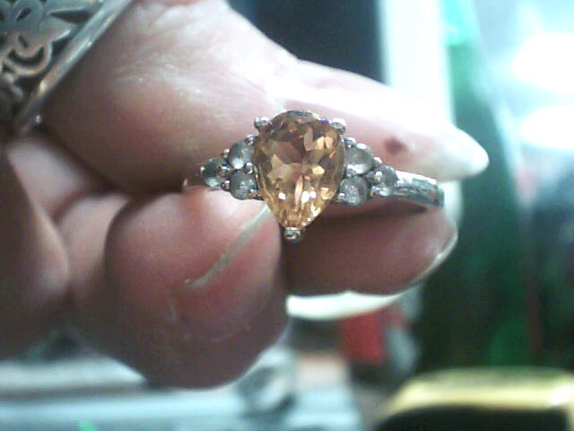 Orange Stone Lady's Silver & Stone Ring 925 Silver 1.4dwt