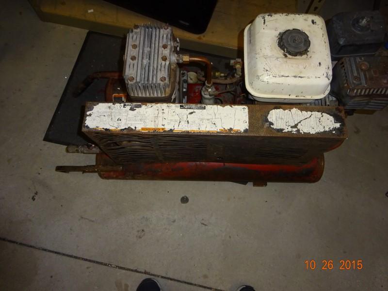 COLEMAN Air Compressor AIR COMPRESSOR