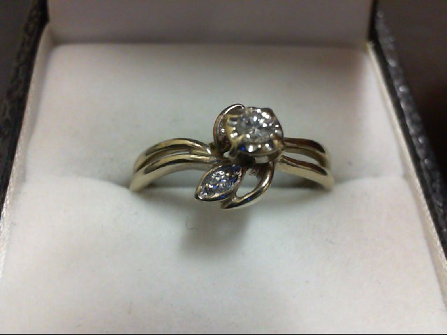 Lady's Diamond Engagement Ring 3 Diamonds 0.09 Carat T.W. 14K Yellow Gold 2.2g