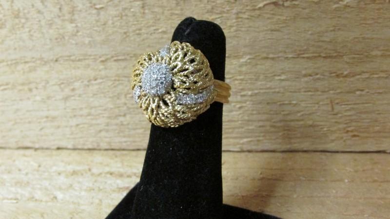 Lady's Diamond Fashion Ring 36 Diamonds 0.45 Carat T.W. 18K Yellow Gold 10g