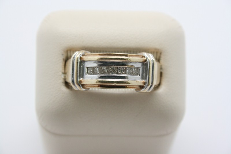 GENTS 2 TONE 10K GOLD PRINCESS CUT DIAMOND RING