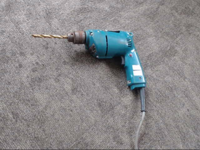 MAKITA Cordless Drill 6510LVR