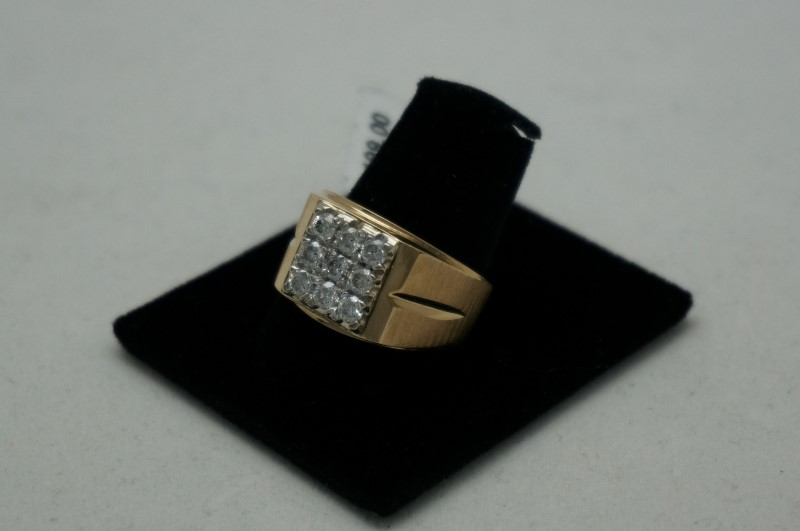 Gent's Diamond Cluster Ring 9 Diamonds .90 Carat T.W. 18K Yellow Gold 4.2dwt
