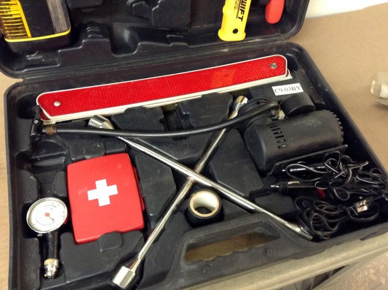 Misc Automotive Tool AUTO EMERGENCY KIT