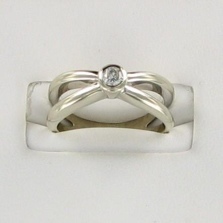 Lady's Diamond Wedding Band .15 CT. 14K White Gold 3.9dwt