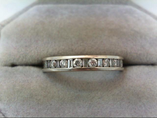 Lady's Diamond Wedding Band 17 Diamonds 0.58 Carat T.W. 14K White Gold 3.4g