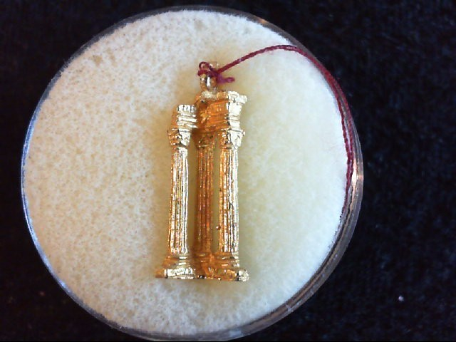 Gold Charm 18K Yellow Gold 2.3g