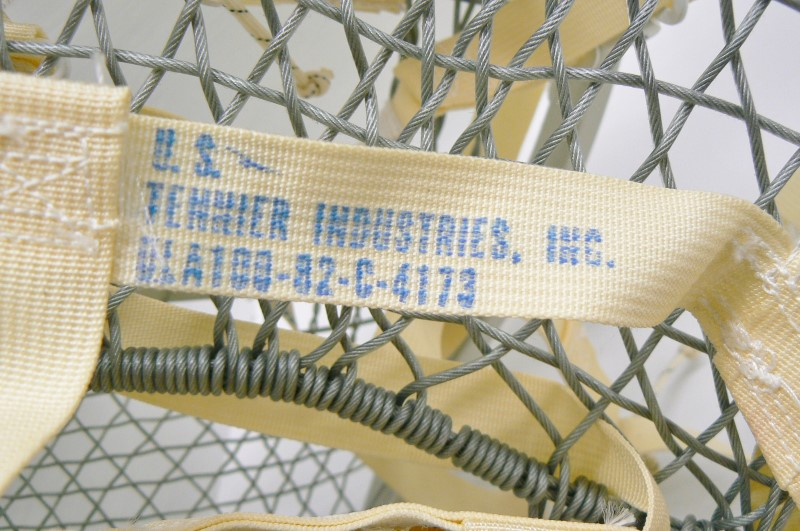 """NEVER USED! MAGLINE OF CANADA MAGNESIUM SNOW SHOES US 1979 MILITARY ISSUE, 46.5"""""""