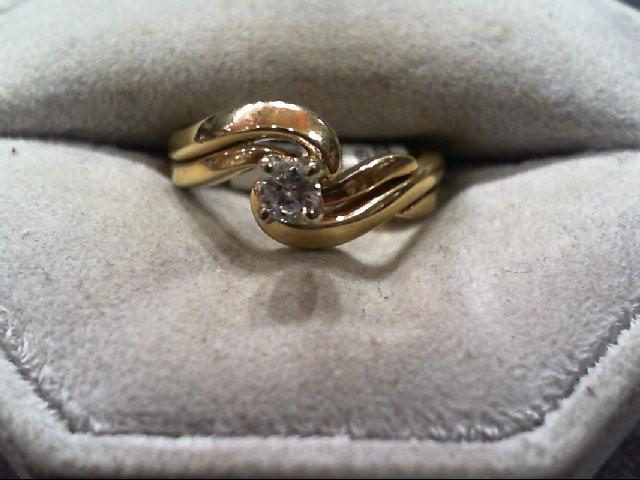 Lady's Diamond Wedding Set .14 CT. 14K Yellow Gold 4.5g