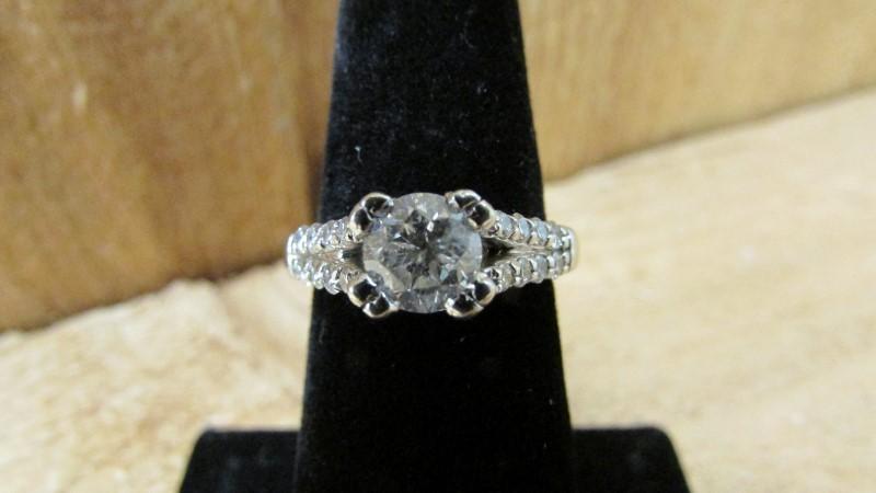 Lady's Diamond Fashion Ring 19 Diamonds 1.29 Carat T.W. 14K White Gold 5.4g