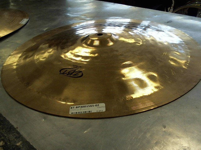 "ZILDJIAN 18"" ZBT CHINA CYMBAL"