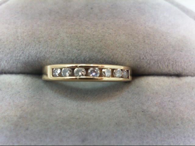 Lady's Diamond Wedding Band 7 Diamonds .21 Carat T.W. 14K Yellow Gold 2.1g