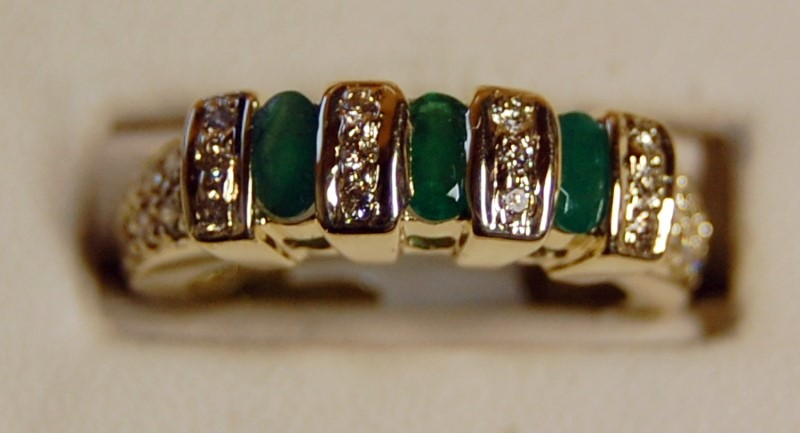 10K Yellow Gold Lady's Synthetic Emerald & Diamond Ring 4.8G 1.36CTW Size 7