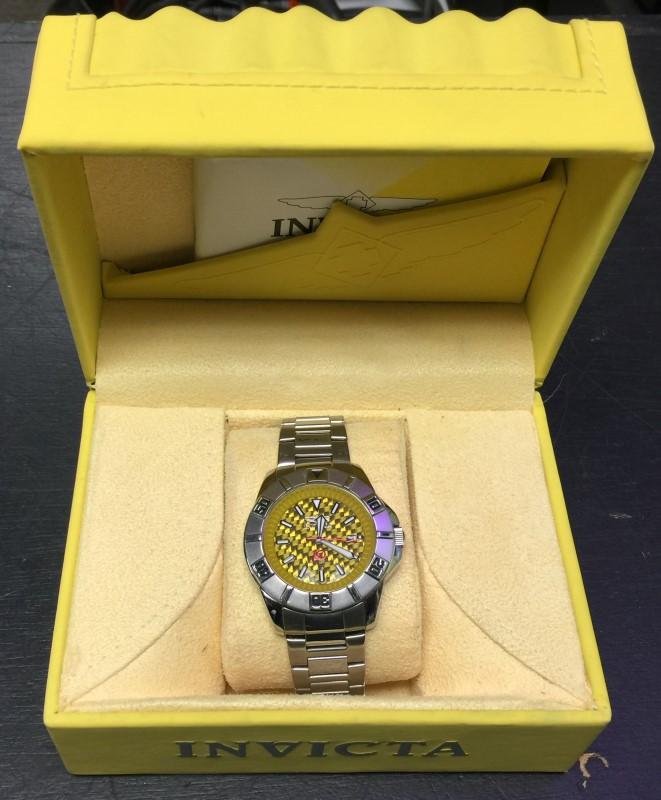 INVICTA Gent's Wristwatch 3707