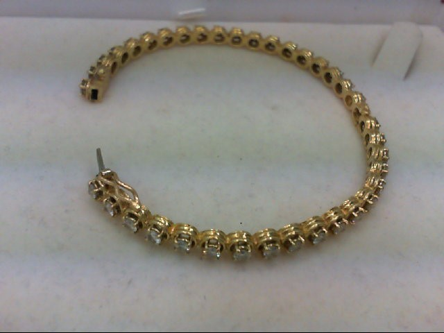 Gold-Diamond Bracelet 32 Diamonds 2.00Carat T.W. 18K Yellow Gold 13.83g