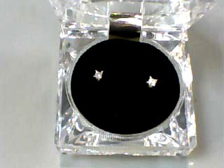 Gold-Diamond Earrings 2 Diamonds .08 Carat T.W. 14K Yellow Gold 0.3dwt