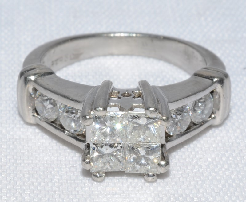 Platinum Cathedral Princess Cluster Diamond Engagement Ring Size:5.5