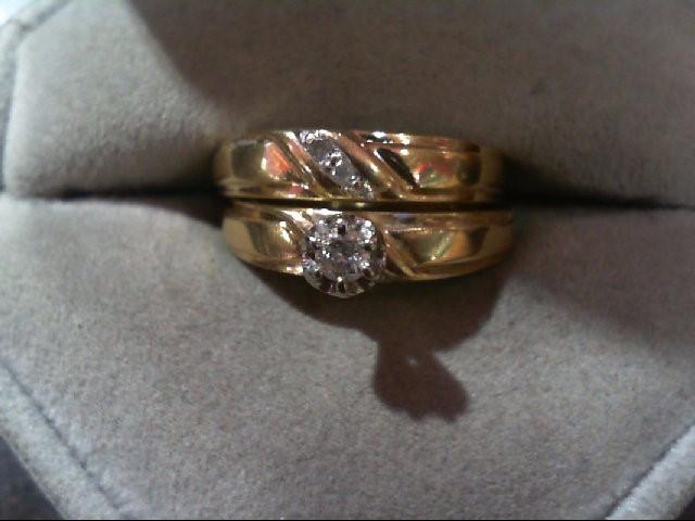 Lady's Diamond Wedding Set 3 Diamonds .14 Carat T.W. 10K Yellow Gold 3.9g