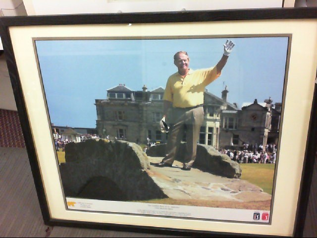 FRAMED GOLF PICTURES