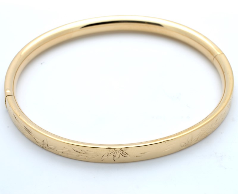 ESTATE BANGLE BRACELET SOLID 14K GOLD OPENS FLORAL ETCH DESIGN 10.1g