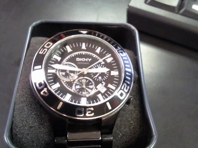 DKNY Gent's Wristwatch NY-1490