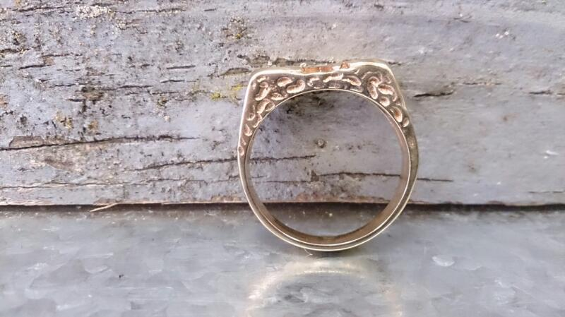 Mens nugget LOVE ring 10K Yellow Gold 7.7g