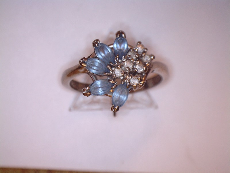 Synthetic Aquamarine Lady's Stone Ring Silver Stainless 2.3dwt