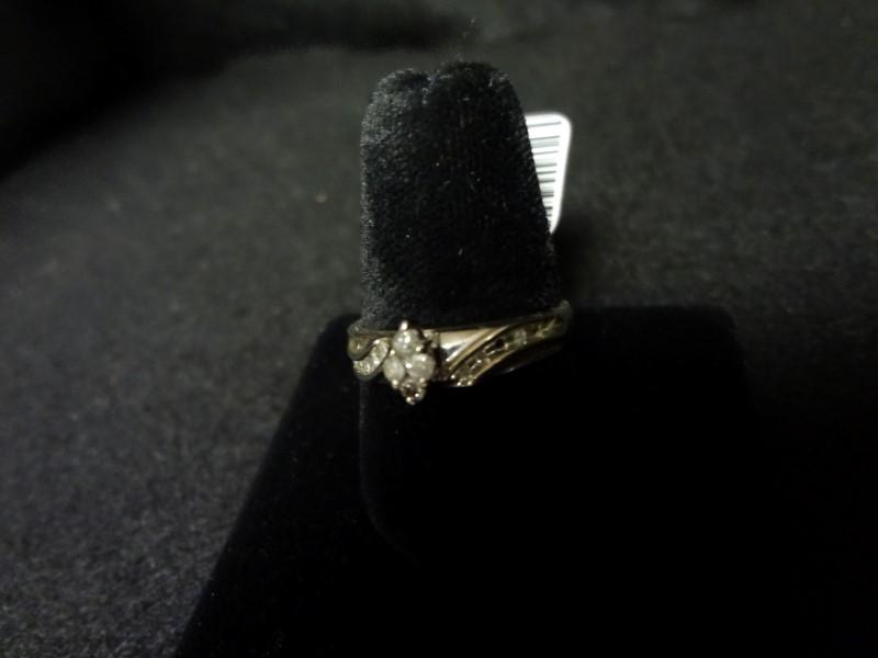 Lady's Silver-Diamond Ring 14 Diamonds .14 Carat T.W. 925 Silver 3.6g